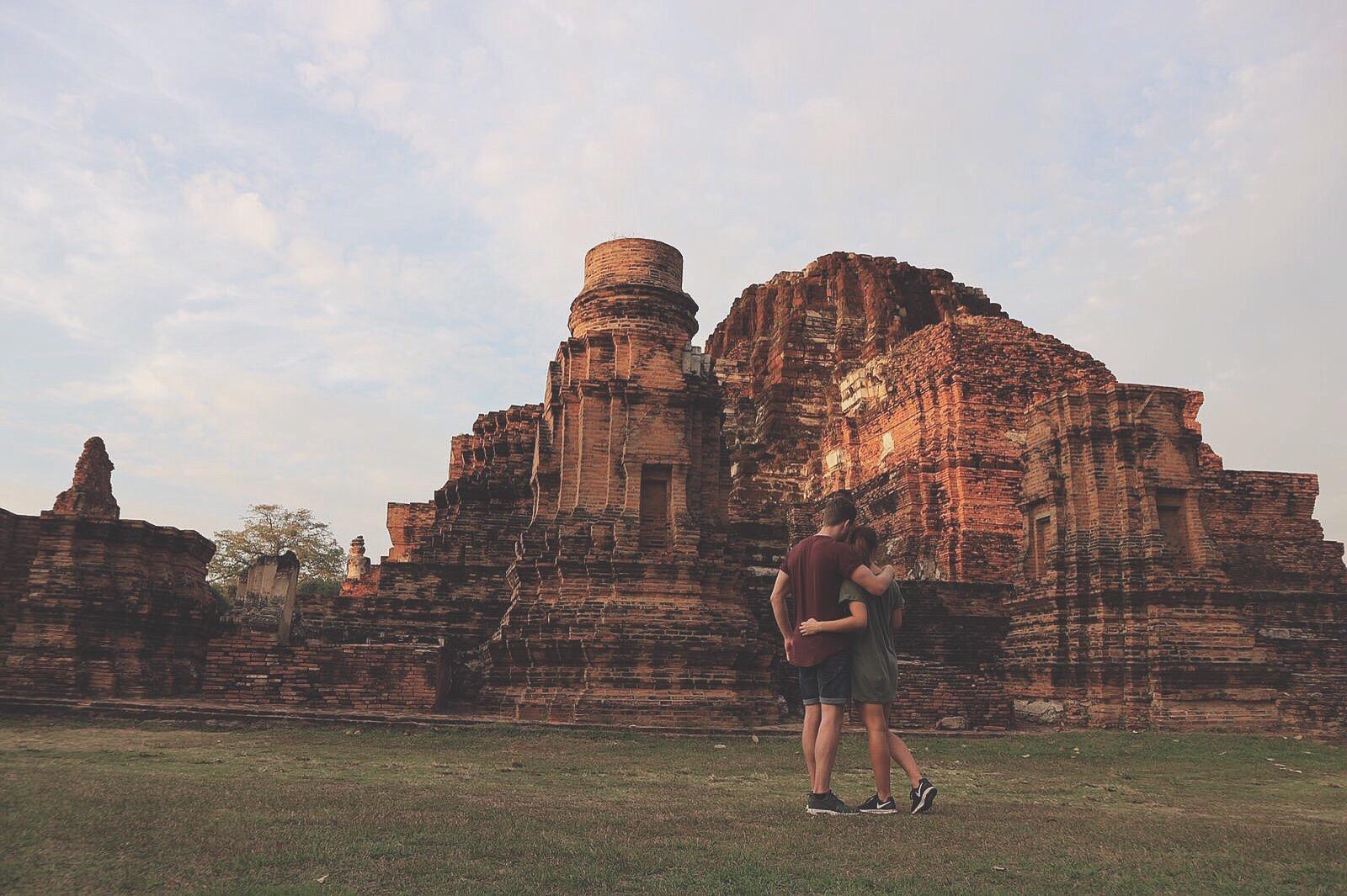 Bangkok, Ayutthaya, travel, wanderlust, couple, backpack, lifestyle, world, earth, fitfam, fitdutchies, goals, beach, sun, fun