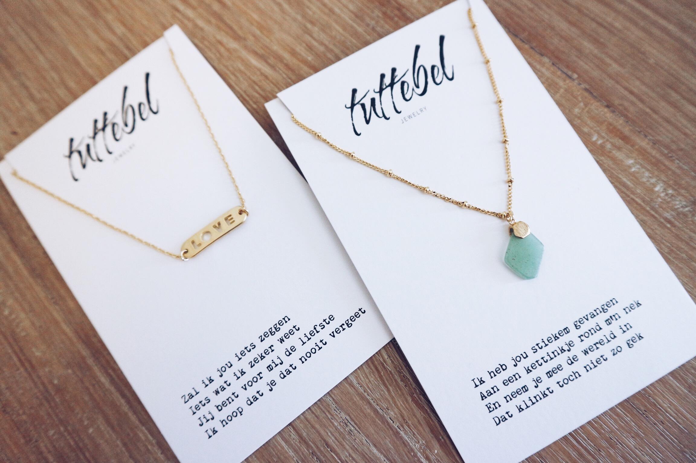 Tuttebel, initial, ketting, necklace, naam, kraamcadeau, bff, bestie, cadeau, cadeautje, naamketting, letter, webshop, xmariekie, blog, blogger, winactie, giveaway