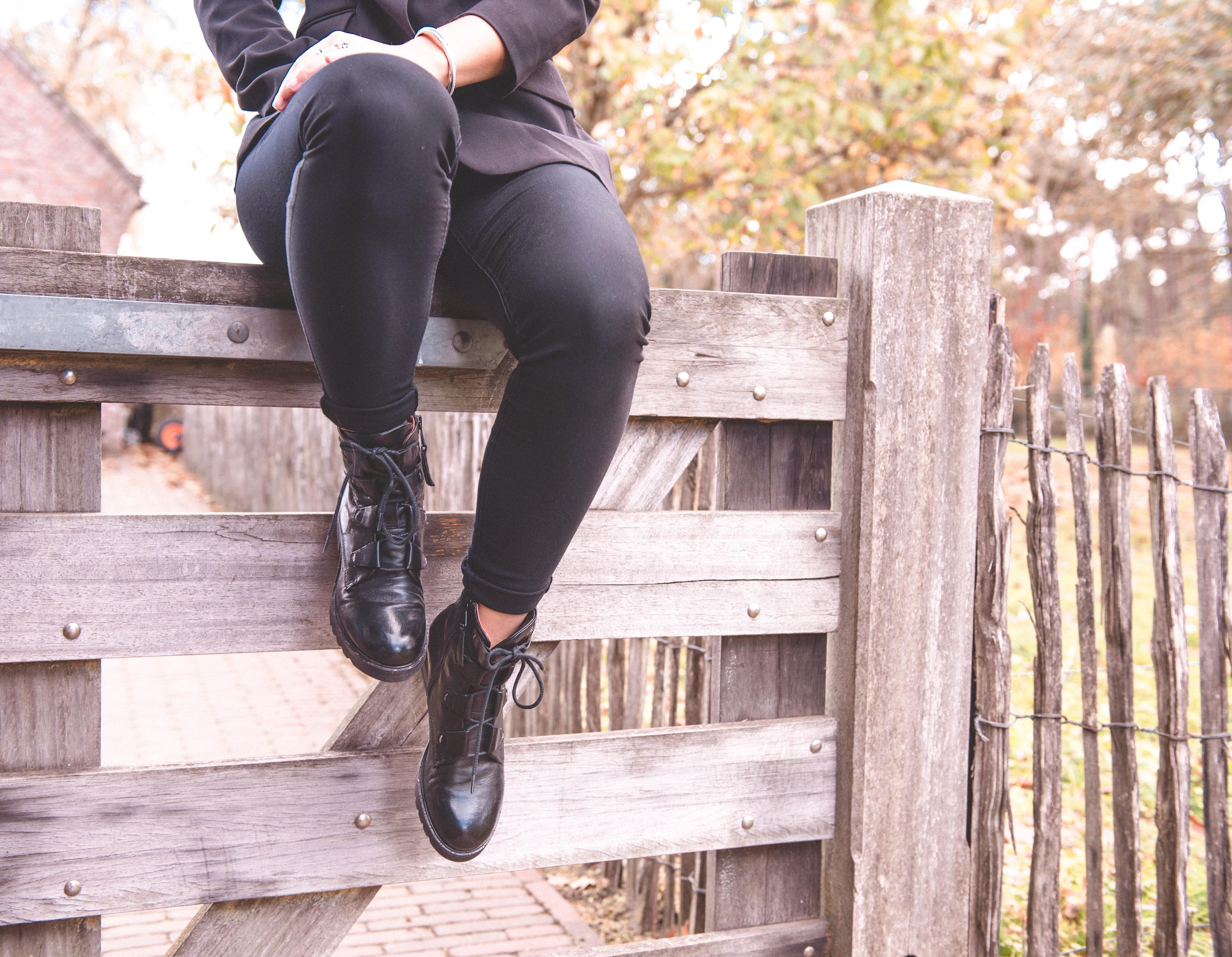 xmariekie, mjus, shoes, schoenen, boots, bikerboots, laarzen, overknee, overknee boots, bladel, brabant, de verloren sinjoor, ootd