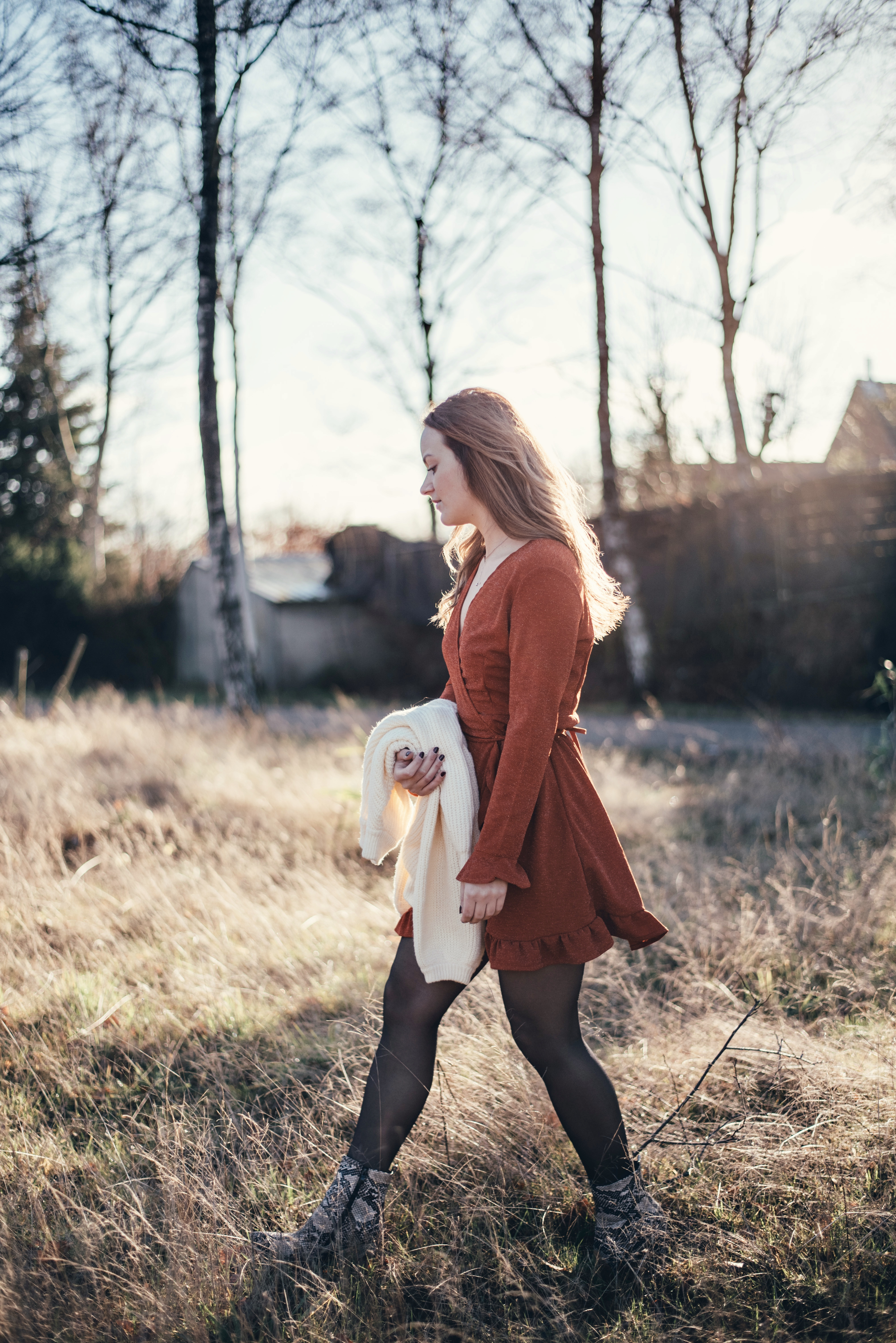xmariekie, blog, blogger, nederlandse blogger, eindhoven, noord-brabant, brabant, boutique 22, kleine berg, ootd, jurkje, fotoshoot, model, buitenfotografie, vrolijk, bladel, winkelen, shoppen, online shoppen