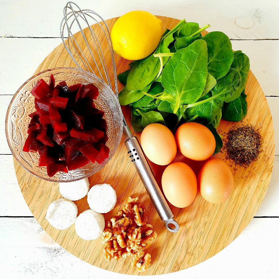 lunch, geitenkaas, biet, spinazie, gezond, gezonde lunch, ei, omelet, xmariekie