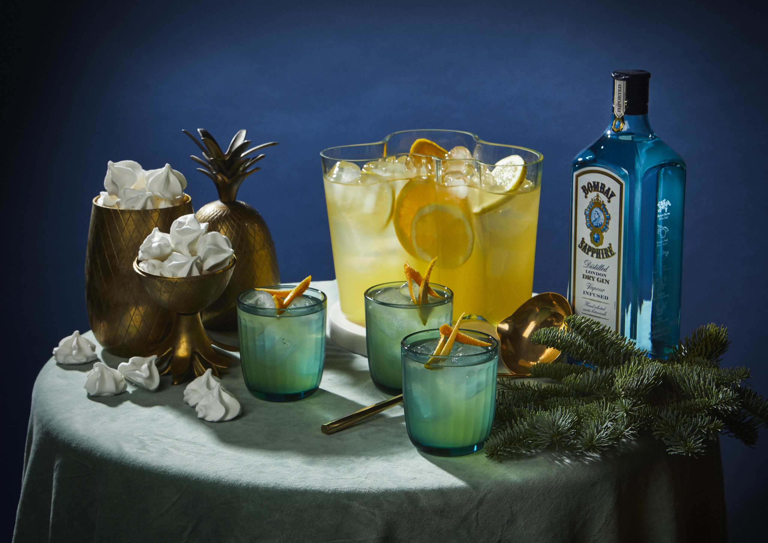 cocktailtrend, cocktail, drank, feestdagen, punch, alcohol, alcoholvrij, martini, bacardi, gin